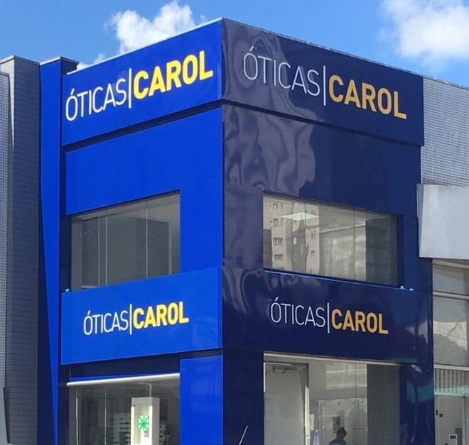 Martin Behrend - Óticas Carol estreia em Novo Hamburgo com loja-conceito e7befa6aa6