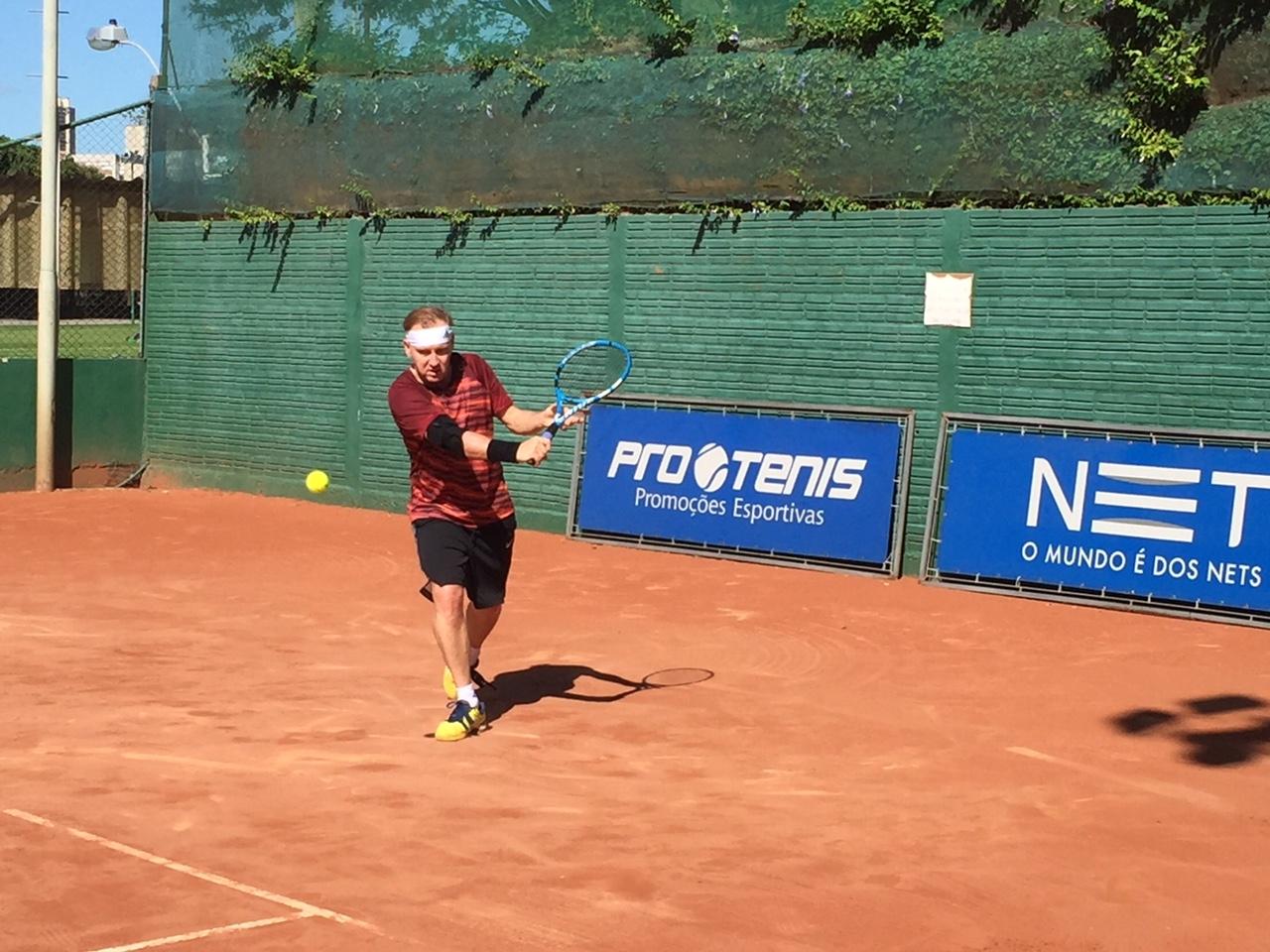 ea9b8a52f8 Tenista de Novo Hamburgo Beno Bücker Filho foi derrotado na rodada de  abertura